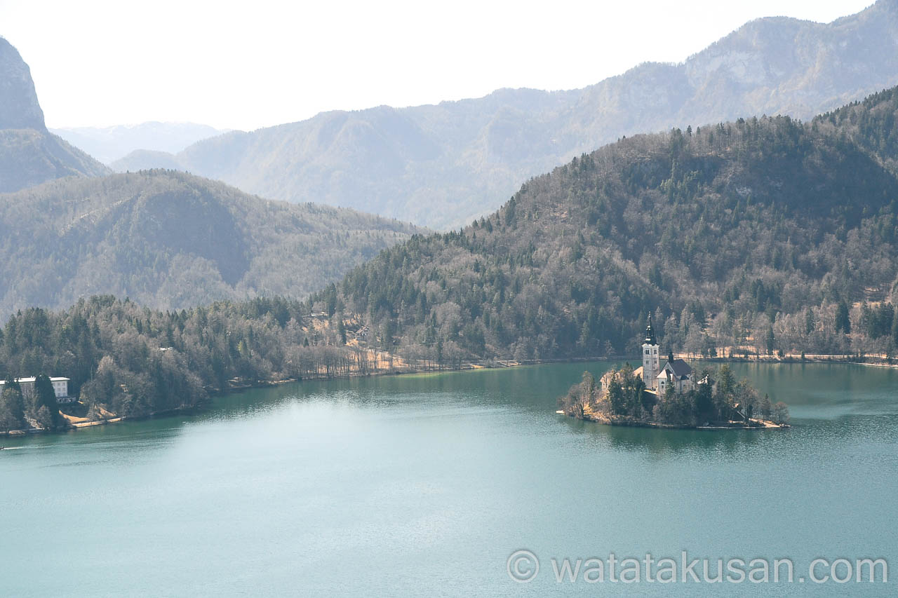 綺麗な湖の夢を見た後の気持ち