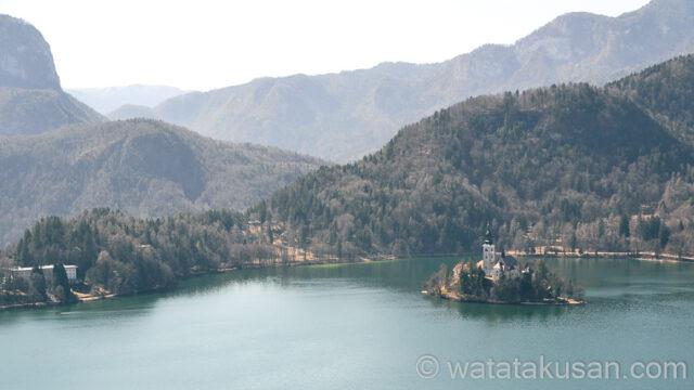 【夢占い経験談】綺麗な湖の夢は充実していて心が満たされている吉夢
