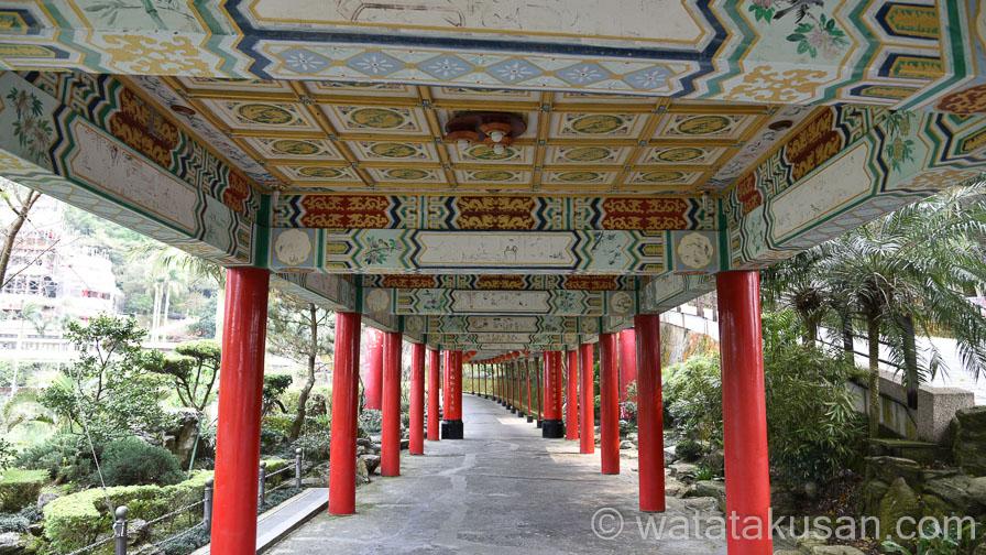 神社の参道の夢の意味は当たっているのかどうか